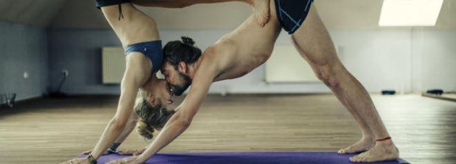 Tantrisme et yoga : leurs bienfaits sur votre couple